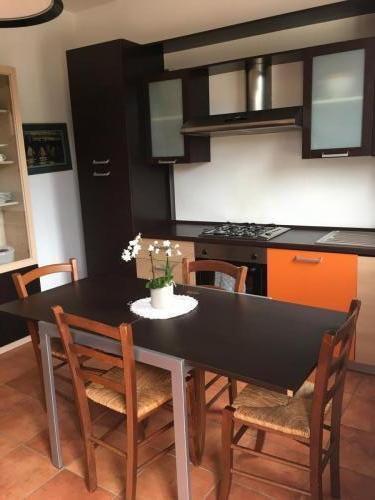 cucina-appartamento-Orangecoffee-1